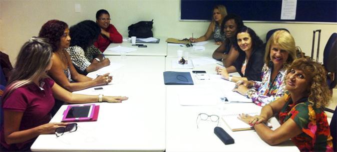 mesa tematica debate assuntos da muher ecetista - 02-03-2015