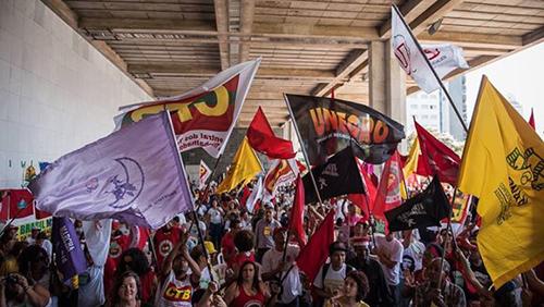 bandeiras_movimentos_sociais_500_zyon